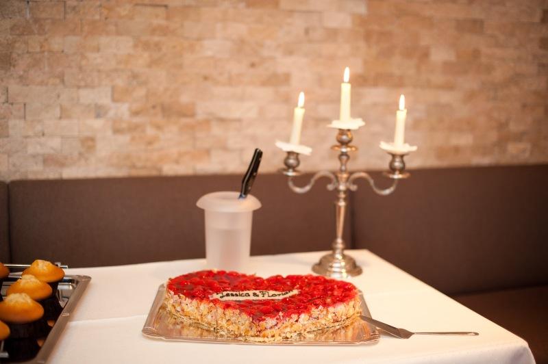 Kerzenlicht und der perfekte Ort für die Hochzeitsfeier