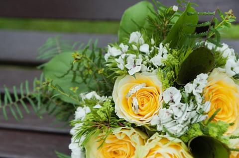 Brautstrauss und Hochzeitsringe