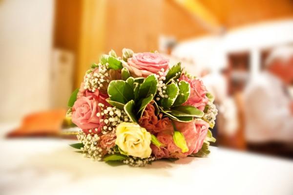 Der Brautstrauß darf auf keiner Hochzeit fehlen