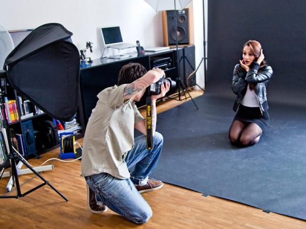 Fotoshooting mit Model Valeria im Fotostudio mitten in Köln