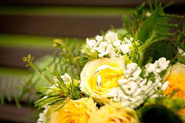 Ein Hingucker ist der Brautstrauß
