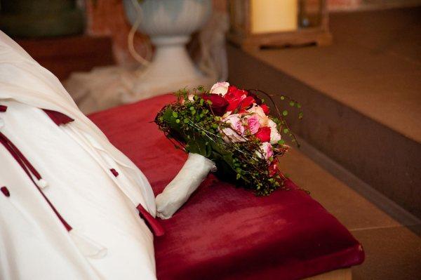 Hochzeit mit der Taufe des Kindes verbinden viele Paare