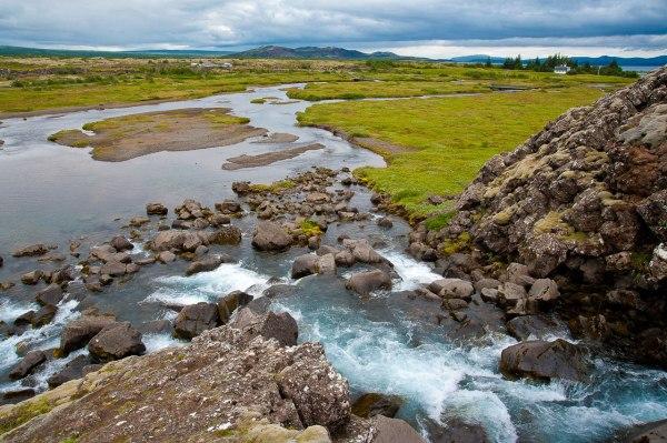 frische Wasserquellen sind willkommen in Island
