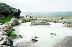 Erster Wasserfall auf Island