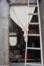 Fensterlose Hütte von vorne