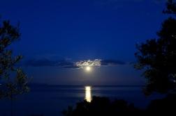 Mit ein paar Mondaufnahmen kämpfte ich gegen die Langeweile