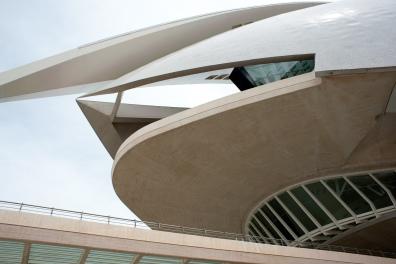 Futuristisches Gebäude im Stadt der Künste und Wissenschaften